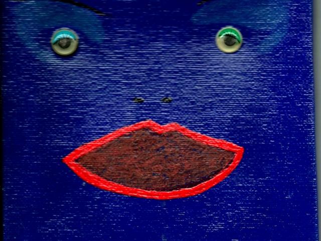 Blue Q Face